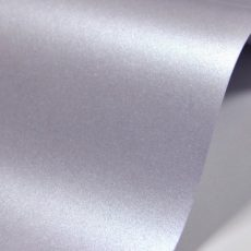 Картон металик 72/102 светло лилав 250г